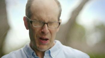 Swiffer 2-In-1 Sweeper TV Spot, 'Water Gun Fight' - Thumbnail 4