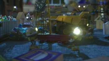 Norfolk Southern Corporation TV Spot, 'Toy Town' - Thumbnail 5
