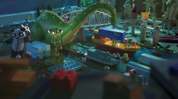 Norfolk Southern Corporation TV Spot, 'Toy Town' - Thumbnail 8