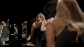 L'Oreal Superior Preference TV Spot, 'Luminous' Featuring Gwen Stefani - Thumbnail 2