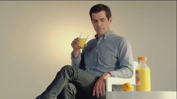 Minute Maid Pure Squeezed TV Spot, 'Orange Turn' Featuring Ty Burrell - Thumbnail 5