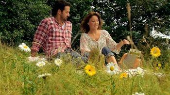 Nature Valley Granola Thins TV Spot, 'Picnic'