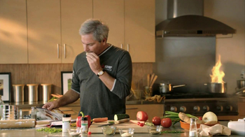 Mitsubishi Electric TV Spot For Fred Couples Cooking - Thumbnail 4