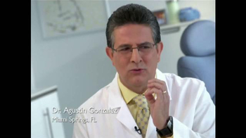 Sensodyne Extra Whitening TV Spot, 'Dr. Agustín Gonzalez' [Spanish] - Thumbnail 2