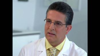 Sensodyne Extra Whitening TV Spot, 'Dr. Agustín Gonzalez' [Spanish] - Thumbnail 6
