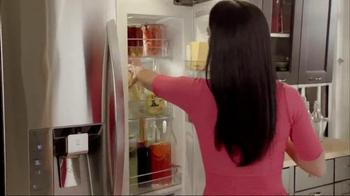 LG Door-in-Door Refrigerator TV Spot, 'Entertaining' Featuring Katie Lee - Thumbnail 2