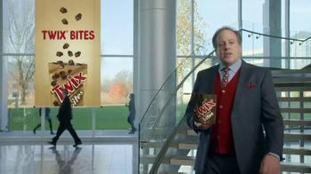 Twix Bites TV Spot, 'Walkman' Song by Billy Ocean - Thumbnail 1