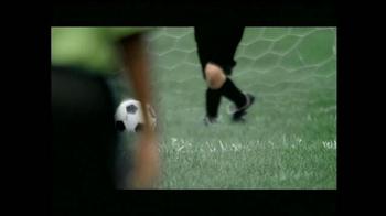 The Leukemia & Lymphoma Society TV Spot, 'Fútbol' [Spanish] - Thumbnail 1