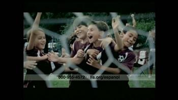 The Leukemia & Lymphoma Society TV Spot, 'Fútbol' [Spanish] - Thumbnail 9