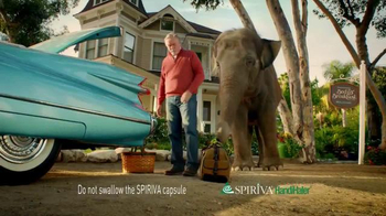 Spiriva TV Spot, 'Porch' - Thumbnail 4