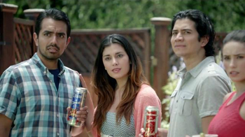 Bud & Bud Light Chelada with Clamato TV Spot, 'Se Dice Patio' [Spanish] - Thumbnail 5