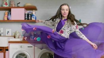 Downy Unstopables TV Spot, 'Story of the Mixmatched Girl Wash in the Wow'