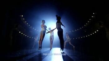Always Infinity TV Spot, 'Angela Paris' [Spanish] - Thumbnail 2