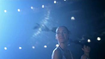 Always Infinity TV Spot, 'Angela Paris' [Spanish] - Thumbnail 8