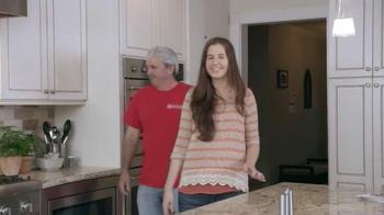 Febreze Air Effects TV Spot, 'The Smelliest Catch' - Thumbnail 9