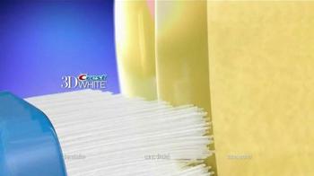 Crest 3D White Whitestrips TV Spot, '3D Strips vs. Whitening Toothpaste' - Thumbnail 6