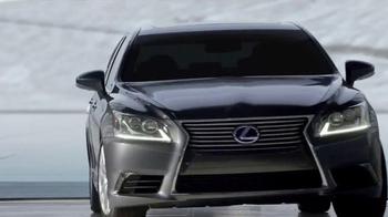 Lexus Golden Opportunity Sales Event TV Spot, 'Luxury Hybrids' - Thumbnail 8