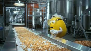Peanut M&M's TV Spot, 'Cristóbal Cacahuatus' [Spanish] - Thumbnail 2