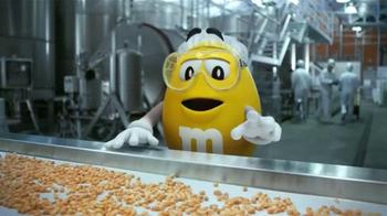 Peanut M&M's TV Spot, 'Cristóbal Cacahuatus' [Spanish] - Thumbnail 3