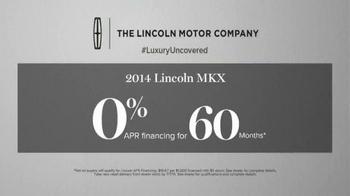 2014 Lincoln MKX TV Spot, 'Summer Invitation' - Thumbnail 7