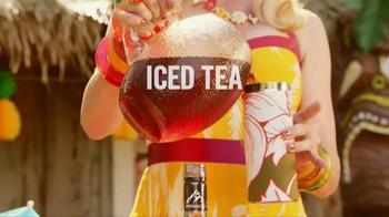 Pinnacle Vodka TV Spot, 'Tropical Tiki-Tini' - Thumbnail 3