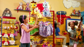 Build-A-Bear Workshop TV Spot, 'My Little Pony: Applejack' - Thumbnail 7