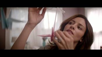 Huggies Little Snugglers TV Spot, 'El Segundo Abrazo'[Spanish] - Thumbnail 2