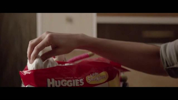 Huggies Little Snugglers TV Spot, 'El Segundo Abrazo'[Spanish] - Thumbnail 3