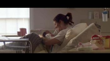 Huggies Little Snugglers TV Spot, 'El Segundo Abrazo'[Spanish] - Thumbnail 6