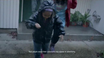 Swiffer WetJet TV Spot, 'Mopping Up Muddy Messes Easy for the Saunders' - Thumbnail 2