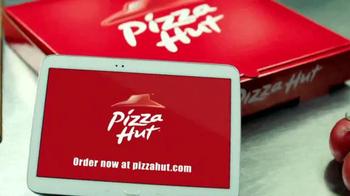 Pizza Hut Cheesy Bites Pizza TV Spot, 'Bites Are Back' - Thumbnail 10