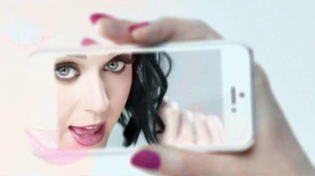 CoverGirl #instaGLAM Collection TV Spot, 'Life Happens Fast' Ft. Katy Perry - Thumbnail 3