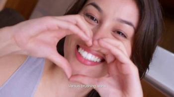 Listerine HealthyWhite TV Spot - Thumbnail 5