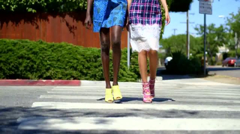 Shoedazzle.com Buy 1 Get 1 Free TV Spot, 'Hot Fashions' - Thumbnail 3
