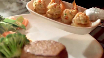 Outback Steakhouse Summer Steak and Crab TV Spot, 'It's Here!' - Thumbnail 7