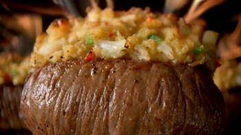 Outback Steakhouse Summer Steak and Crab TV Spot, 'It's Here!' - Thumbnail 9