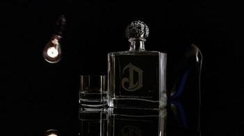 DeLeón Tequila TV Spot, 'Light Bulb' Song by Naomi Scott - Thumbnail 4