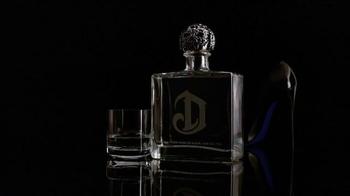 DeLeón Tequila TV Spot, 'Light Bulb' Song by Naomi Scott - Thumbnail 5