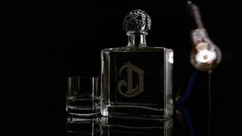 DeLeón Tequila TV Spot, 'Light Bulb' Song by Naomi Scott - Thumbnail 7