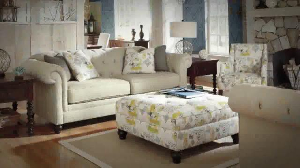 Ashley Furniture Homestore Urbanology TV Commercial, 'Great Deals'