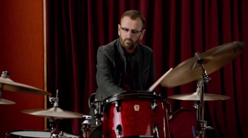 SKECHERS Relaxed Fit TV Spot, 'Rock Out' Featuring Ringo Starr - Thumbnail 2