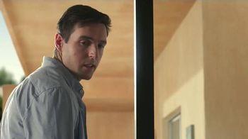 Dyson V6 Cordless Vacuum TV Spot, 'Neighbors'