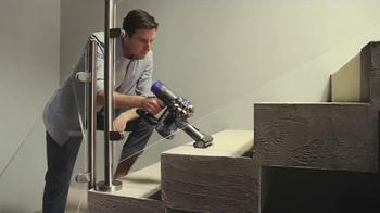 Dyson V6 Cordless Vacuum TV Spot, 'Neighbors' - Thumbnail 7