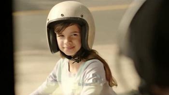 KFC Red Velvet Cake TV Spot, 'Bicicleta' [Spanish] - Thumbnail 2