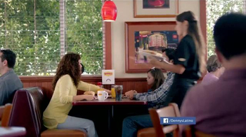 Denny's Sriracha Spicy Super Chick'n TV Spot, 'Picante' [Spanish - Thumbnail 1