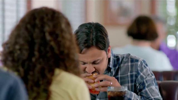 Denny's Sriracha Spicy Super Chick'n TV Spot, 'Picante' [Spanish - Thumbnail 6