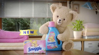 Snuggle Fresh Spring Flowers TV Spot, 'Family Snuggle' - Thumbnail 2