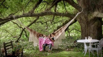 Snuggle Fresh Spring Flowers TV Spot, 'Family Snuggle'