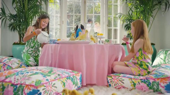 Target TV Spot, 'Lilly Pulitzer for Target' Feat. Bella Thorne, Chris Noth - Thumbnail 6
