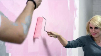 BEHR Marquee Paints TV Spot, 'Paint Off' - Thumbnail 5